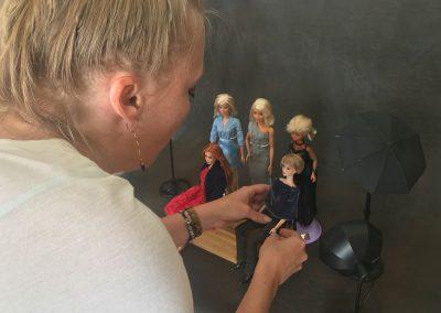 Doll Stylist Setting Up
